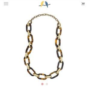 Chloe + Isabel Jewelry - Chloe + Isabel Heirloom Tortoise Link Necklace